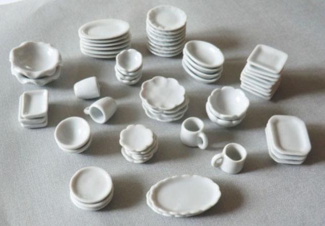 vaisselle en porcelaine ma jolie toile. Black Bedroom Furniture Sets. Home Design Ideas